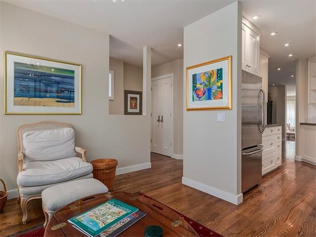 Photo 6: Photos: 309 16 Street NW in Calgary: Hillhurst House for sale : MLS®# C4005350