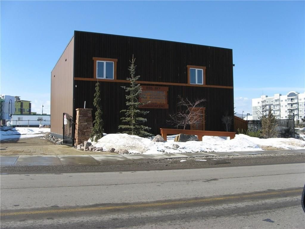 Main Photo: 365 RAILWAY Street W: Cochrane Industrial for sale : MLS®# C4217604