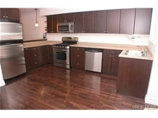 Photo 3:  in VICTORIA: La Langford Proper Row/Townhouse for sale (Langford)  : MLS®# 464143