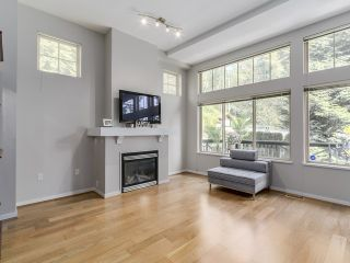 Photo 2: 3115 Capilano Cr in North Vancouver: Capilano NV Townhouse for sale : MLS®# V1119780