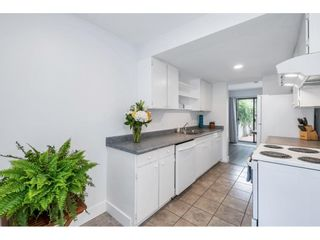 """Photo 12: 15843 ALDER Place in Surrey: King George Corridor Townhouse for sale in """"ALDERWOOD"""" (South Surrey White Rock)  : MLS®# R2607758"""