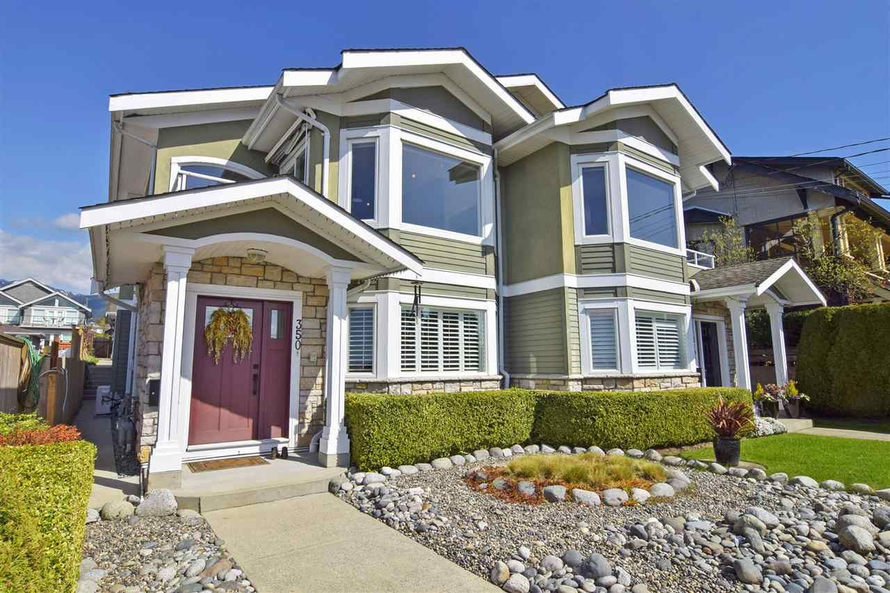 Main Photo: 350 E KEITH ROAD in North Vancouver: Central Lonsdale 1/2 Duplex for sale : MLS®# R2561727