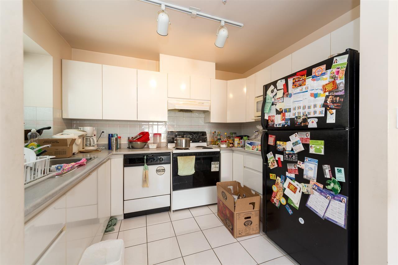 Photo 8: Photos: 8573 LAUREL Street in Vancouver: Marpole 1/2 Duplex for sale (Vancouver West)  : MLS®# R2036216