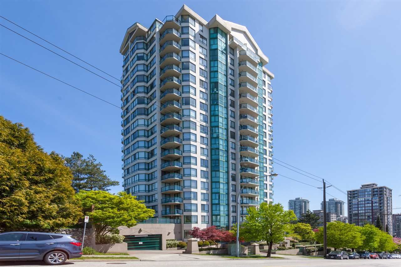 """Main Photo: 1702 121 TENTH Street in New Westminster: Uptown NW Condo for sale in """"VISTA ROYALE"""" : MLS®# R2300815"""