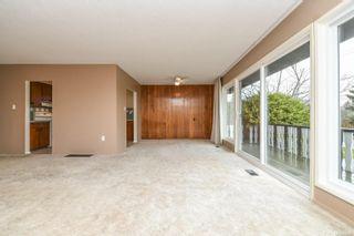 Photo 8: 369 Aitken St in : CV Comox (Town of) House for sale (Comox Valley)  : MLS®# 860611