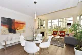 """Photo 5: 603 428 BEACH Crescent in Vancouver: Yaletown Condo for sale in """"Kings Landing"""" (Vancouver West)  : MLS®# R2202803"""