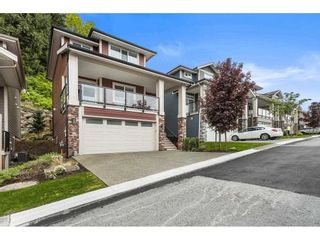 """Photo 2: 29 50634 LEDGESTONE Place in Chilliwack: Eastern Hillsides House for sale in """"THE CLIFFS"""" : MLS®# R2590616"""