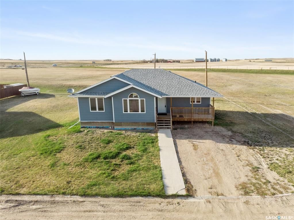 Main Photo: 214 Tallon Avenue in Viscount: Residential for sale : MLS®# SK854988