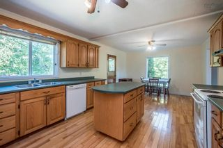 Photo 5: 111 Aylward Road in Falmouth: 403-Hants County Residential for sale (Annapolis Valley)  : MLS®# 202125408