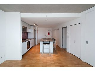 """Photo 8: 1906 108 W CORDOVA Street in Vancouver: Downtown VW Condo for sale in """"Woodwards W32"""" (Vancouver West)  : MLS®# V1121064"""