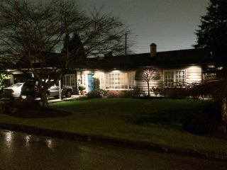 """Photo 19: 1271 PINEWOOD Crescent in North Vancouver: Norgate House for sale in """"Norgate"""" : MLS®# R2034818"""