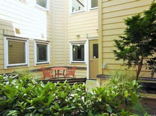 Photo 10: 216 663 Goldstream Ave in : La Fairway Condo for sale (Langford)  : MLS®# 851986