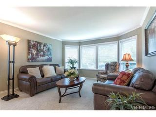 Photo 2: 6247 Rodolph Rd in VICTORIA: CS Tanner House for sale (Central Saanich)  : MLS®# 728007