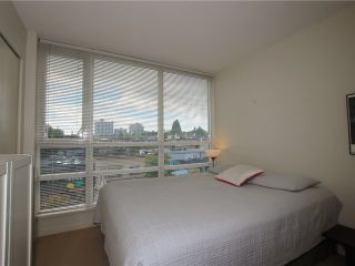 "Photo 8: 404 2483 SPRUCE Street in Vancouver: Fairview VW Condo for sale in ""SKYLINE"" (Vancouver West)  : MLS®# V953379"