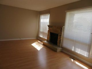 Photo 4: 9 Aspen Drive: Oakbank Single Family Attached for sale (R04)  : MLS®# 1804060