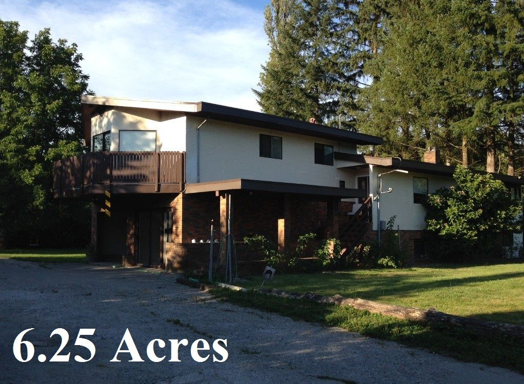 Main Photo: 25241 Dewdney Trunk in Maple Ridge: House for sale