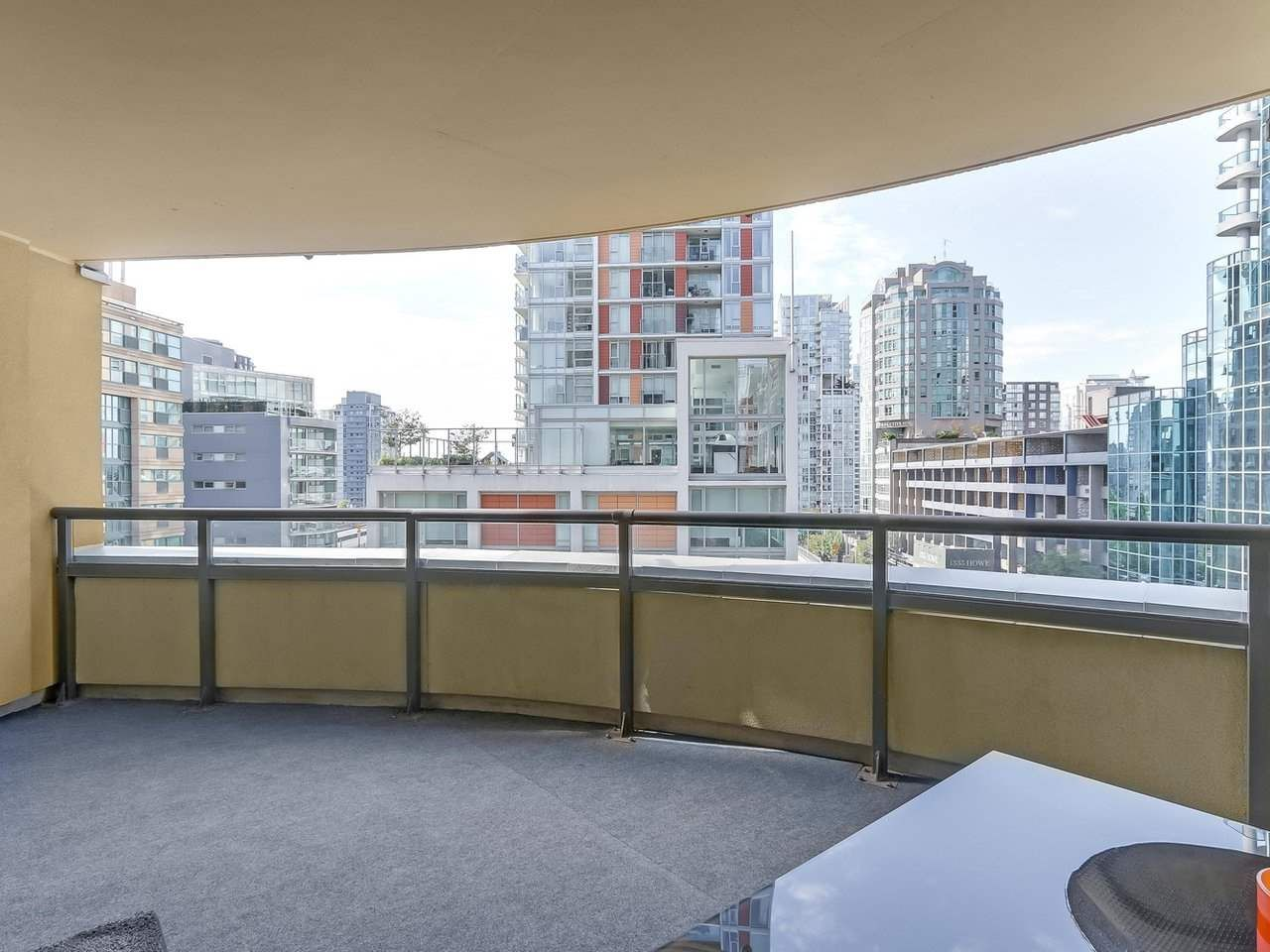 """Photo 14: Photos: 605 789 DRAKE Street in Vancouver: Downtown VW Condo for sale in """"Century Tower"""" (Vancouver West)  : MLS®# R2206186"""