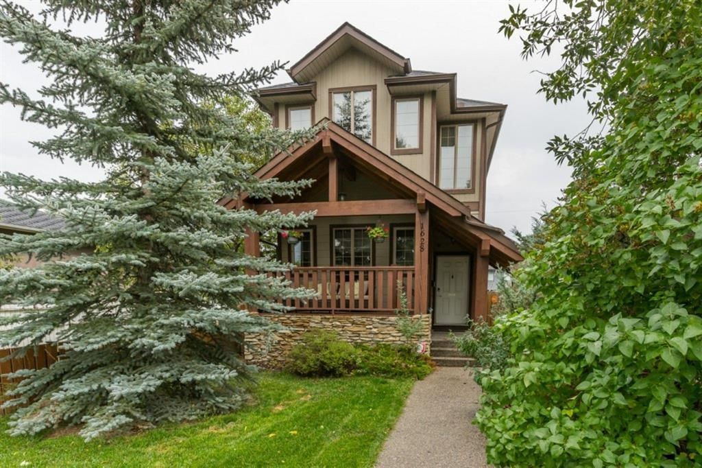 Main Photo: 1628 40 Street SW in Calgary: Rosscarrock Detached for sale : MLS®# A1146125