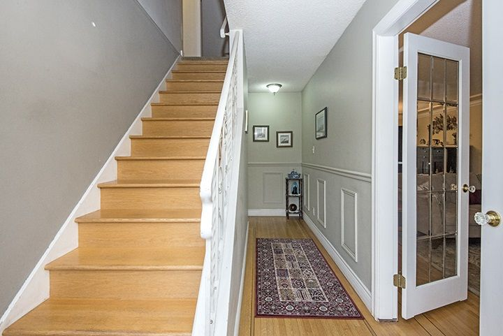 Photo 3: Photos: 686 LINTON Street in Coquitlam: Central Coquitlam House for sale : MLS®# R2047340