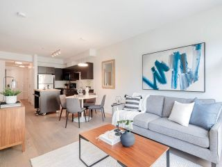 """Photo 12: 212 205 E 10TH Avenue in Vancouver: Mount Pleasant VE Condo for sale in """"The Hub"""" (Vancouver East)  : MLS®# R2621632"""