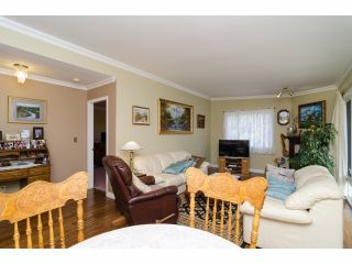 """Photo 4: 42 1400 164 Street in Surrey: King George Corridor House for sale in """"Gateway Gardens"""" (South Surrey White Rock)  : MLS®# F1419963"""