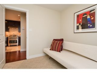 """Photo 16: 202 14824 NORTH BLUFF Road: White Rock Condo for sale in """"The Belaire"""" (South Surrey White Rock)  : MLS®# R2405927"""