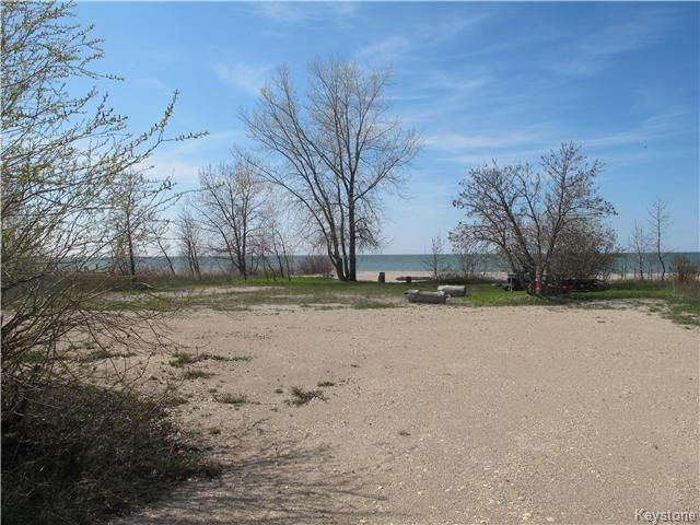 Photo 4: Photos:  in Woodlands: Twin Lake Beach Residential for sale (R19)  : MLS®# 1711980
