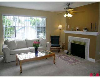 """Photo 2: 214 10038 150TH Street in Surrey: Guildford Condo for sale in """"Mayfield Green"""" (North Surrey)  : MLS®# F2715620"""