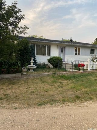 Photo 2: 115 Foster Street in Lintlaw: Residential for sale : MLS®# SK866901