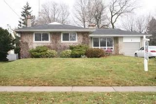 Photo 1: 7 Galsworthy Drive in MARKHAM: House (Bungalow) for sale : MLS®# N1086851