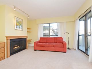 "Photo 4: 203 1420 E 7TH Avenue in Vancouver: Grandview VE Condo for sale in ""LANDMARK COURT"" (Vancouver East)  : MLS®# R2354522"