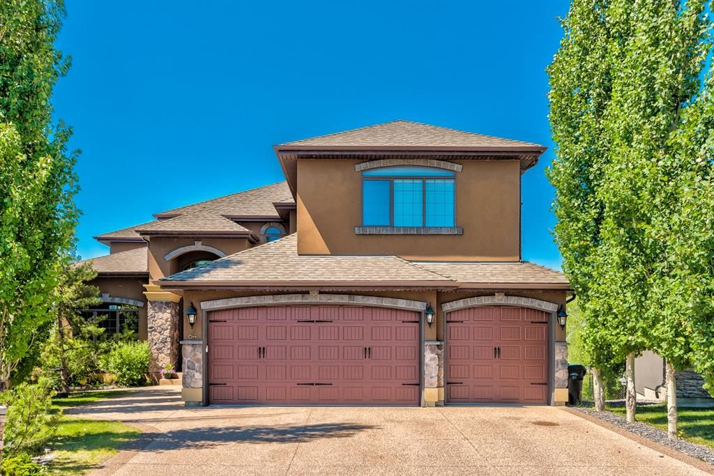 Main Photo: 64 Rockcliff Point NW in Calgary: Rocky Ridge Detached for sale : MLS®# A1125561