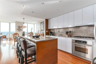 "Photo 2: 2101 1005 BEACH Avenue in Vancouver: West End VW Condo for sale in ""ALVAR"" (Vancouver West)  : MLS®# R2139670"