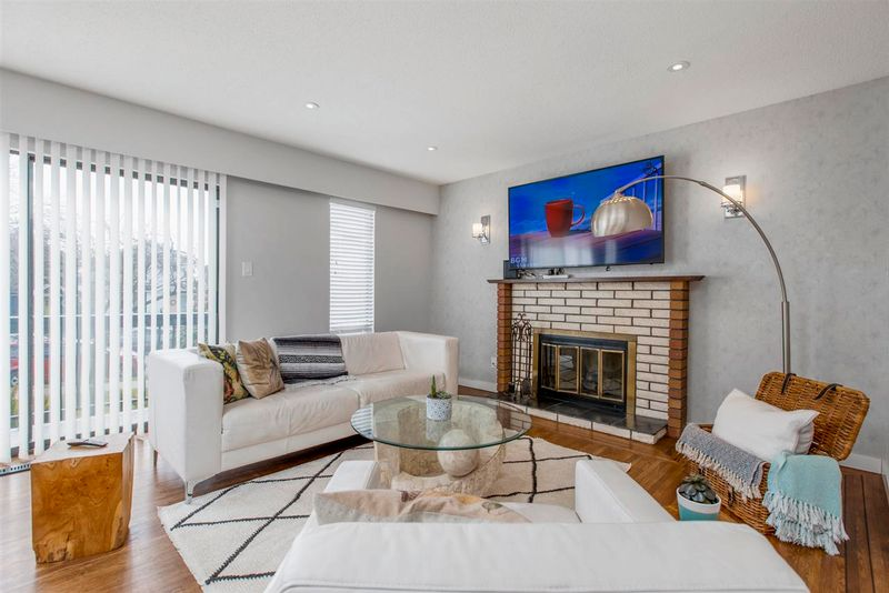 FEATURED LISTING: 2551 PENDER Street East Vancouver