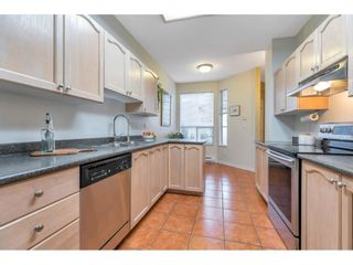 """Photo 7: 55 10038 150 Street in Surrey: Guildford Townhouse for sale in """"MAYFIELD GREEN"""" (North Surrey)  : MLS®# R2623721"""