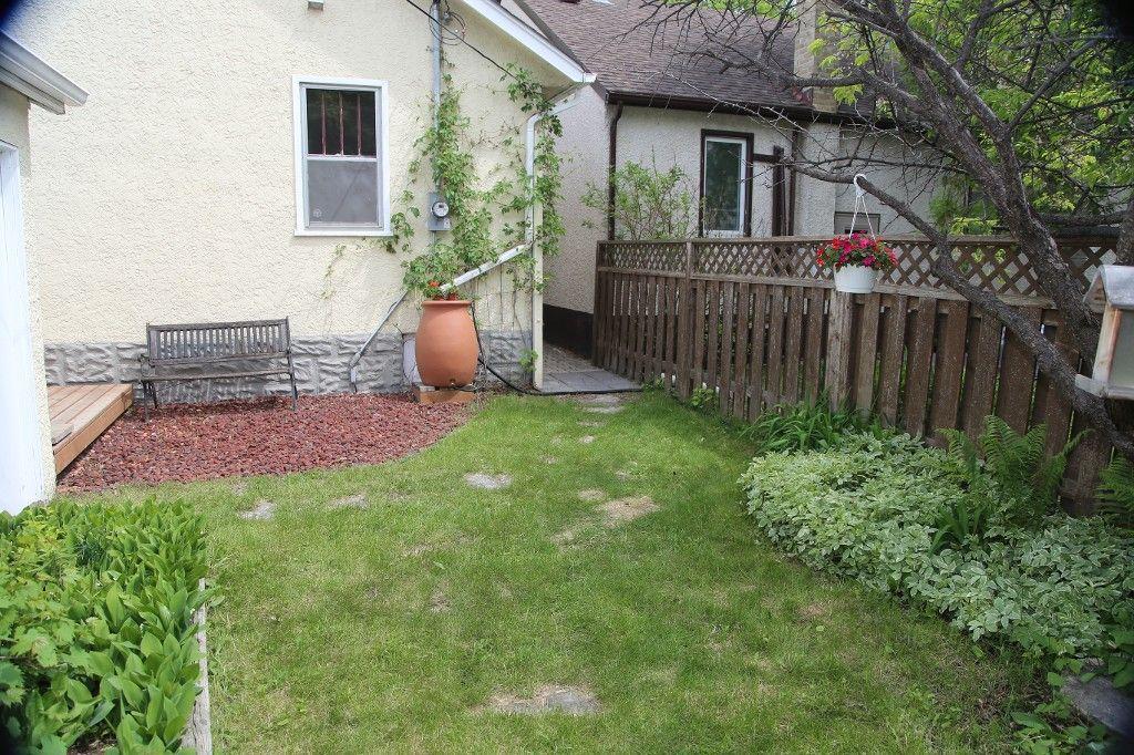 Photo 32: Photos: 228 Lenore Street in Winnipeg: Wolseley Single Family Detached for sale (West Winnipeg)  : MLS®# 1413025
