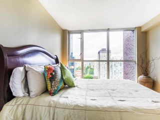 """Photo 20: 2605 1068 HORNBY Street in Vancouver: Downtown VW Condo for sale in """"THE CANADIAN AT WALL CENTRE"""" (Vancouver West)  : MLS®# R2585193"""