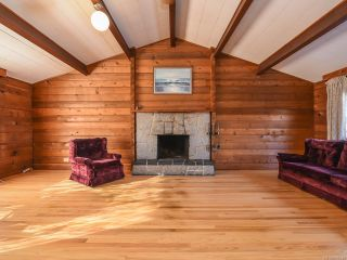 Photo 10: 1975 DOGWOOD DRIVE in COURTENAY: CV Courtenay City House for sale (Comox Valley)  : MLS®# 806549