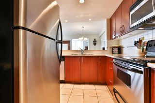 Photo 10: 1101 235 GUILDFORD WAY in Port Moody: North Shore Pt Moody Condo for sale : MLS®# R2465214