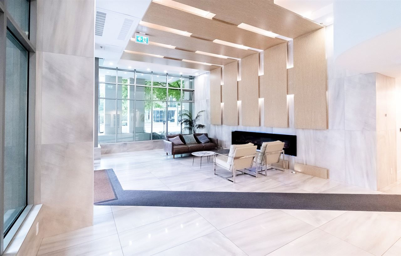 """Main Photo: 1107 1328 W PENDER Street in Vancouver: Coal Harbour Condo for sale in """"CLASSICO"""" (Vancouver West)  : MLS®# R2499956"""