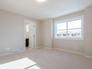 Photo 16: 40 SKYVIEW Parade NE in Calgary: Skyview Ranch Row/Townhouse for sale : MLS®# C4286431