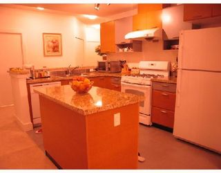 """Photo 5: 105 6033 KATSURA Street in Richmond: McLennan North Condo for sale in """"THE RED I"""" : MLS®# V679082"""