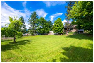 Photo 18: 1121 Southeast 1st Street in Salmon Arm: Southeast House for sale : MLS®# 10136381