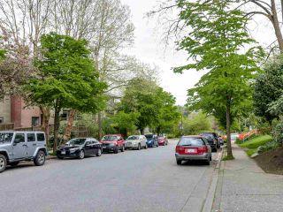 "Photo 2: 204 830 E 7TH Avenue in Vancouver: Mount Pleasant VE Condo for sale in ""FAIRFAX"" (Vancouver East)  : MLS®# R2083827"