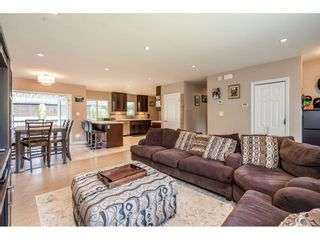 Photo 6: 534 BLUE MOUNTAIN Street in Coquitlam: Coquitlam West House for sale : MLS®# R2460178