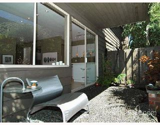 "Photo 7: 401 235 KEITH Road in West_Vancouver: Cedardale Condo for sale in ""SPURAWAY GARDENS"" (West Vancouver)  : MLS®# V745651"
