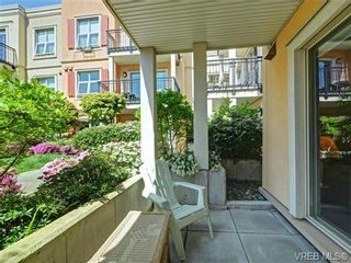 Photo 2: 208 1620 McKenzie Ave in VICTORIA: SE Lambrick Park Condo for sale (Saanich East)  : MLS®# 728971