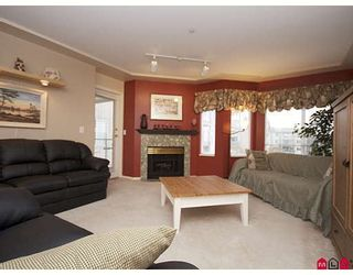 """Photo 2: 301 20443 53RD Avenue in Langley: Langley City Condo for sale in """"COUNTRYSIDE ESTATES"""" : MLS®# F2833348"""