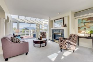 Photo 3: 2421 EDDINGTON Drive in Vancouver: Quilchena House for sale (Vancouver West)  : MLS®# R2093197