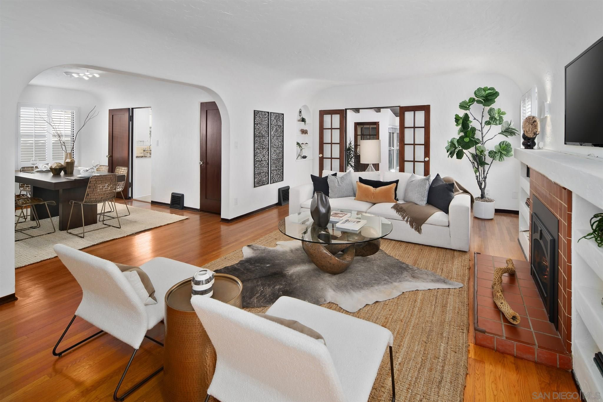 Main Photo: KENSINGTON House for sale : 4 bedrooms : 4331 Adams Ave in San Diego